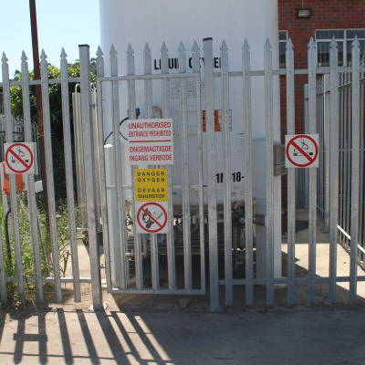 Industrial ped gate 2
